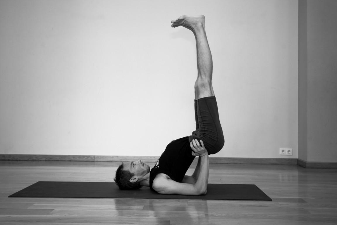 Viparita karani pose to keep your body fit and healthy